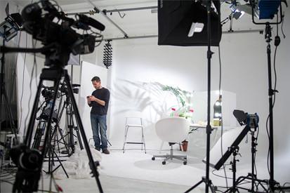 Riprese video su limbo bianco - Studio154