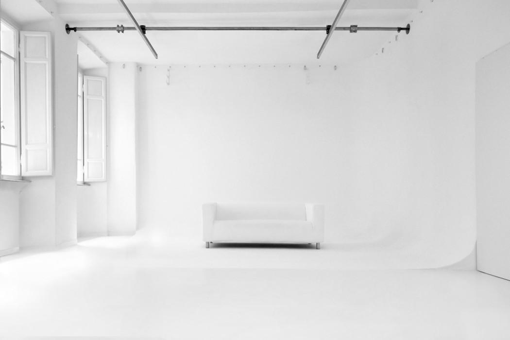 Studio-Fotografico-Limbo-Frontale